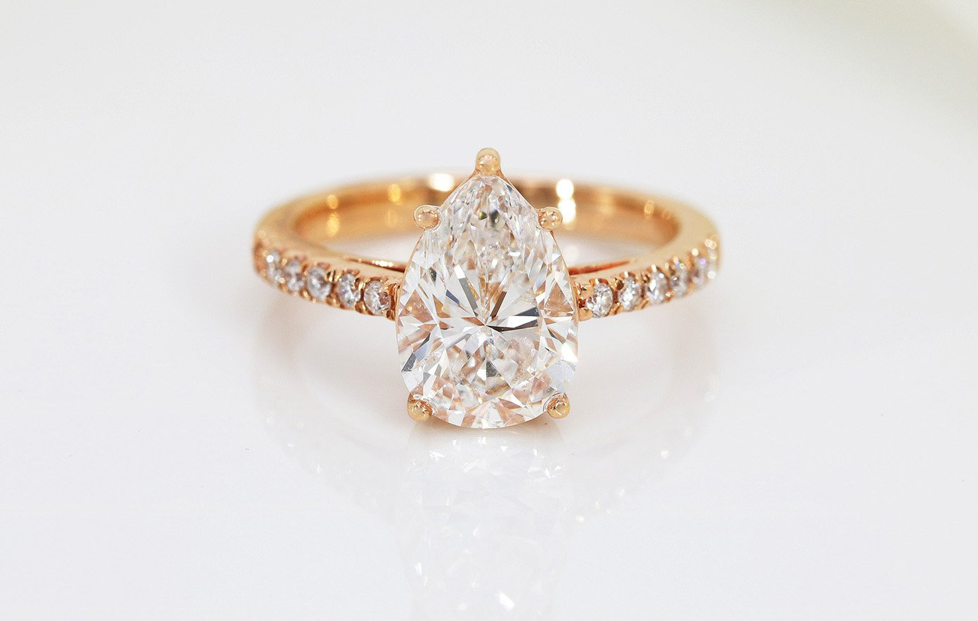 A diamond ring designed and crafted by Orient Atelier