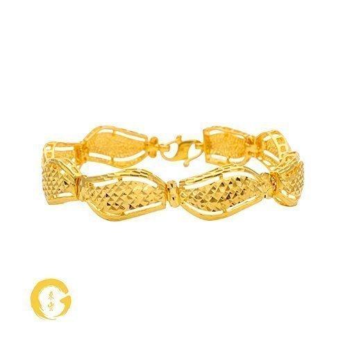 Large Wavy Bracelet